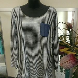 Crown & Ivy Striped Tunic Top